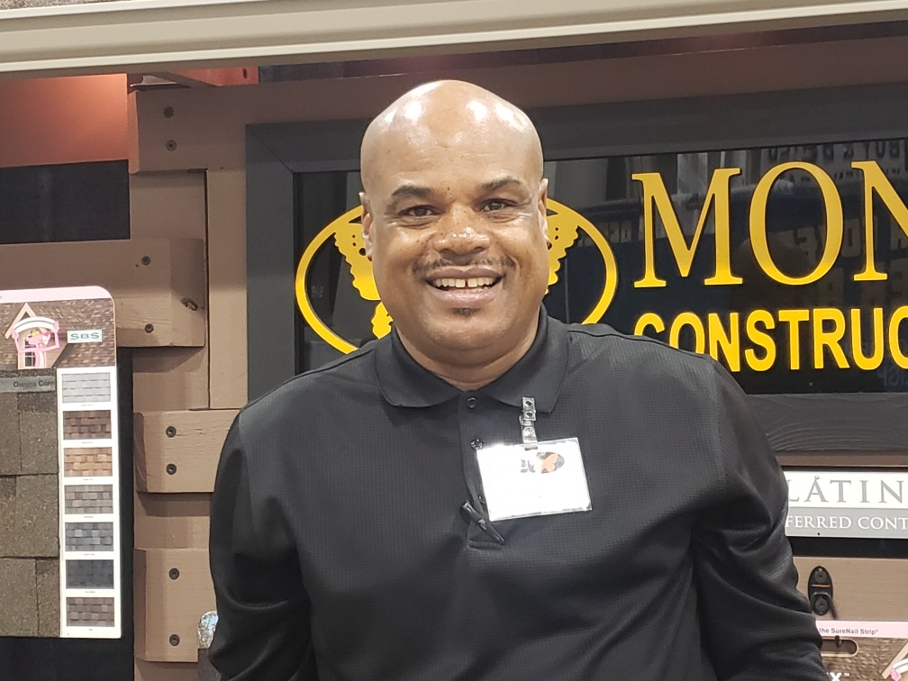 Dwight D-train Oden Canvasser at Monarch Roofing